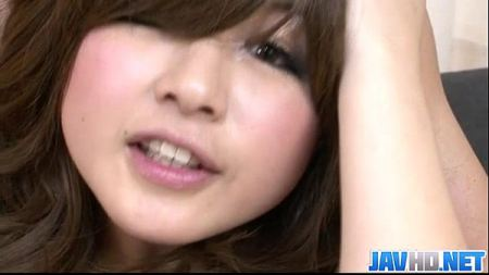 หนังโป๊ญี่ปุ่นสาวใหญ่โดนสองหนุ่มช่วยกันรุมxxx