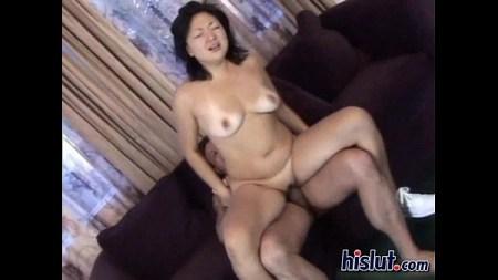 สาวน้อยญี่ปุ่นโดนควยฝรั่งแค่อมยังยากเลย