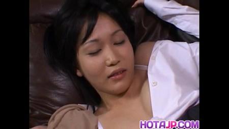 สาวสวยพนักงาน โดนจับเย็ดหีในห้องทำงานสุดหรู
