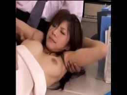 pornญี่ปุ่นเรื่องใหม่ของวันนี้xxxกับสาวในออฟฟิศครับ น้องมาทำงานวันแรกก็จับน้องเย็ดเลย