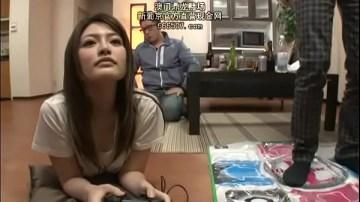 xxxญี่ปุ่น แอบเย็ดเมียเพื่อนได้อารมณ์สุดๆ หีล้นมือมาก แอบมองก้นจนควยแข็ง โม๊คควยอย่างอร่อยจนตาลอย
